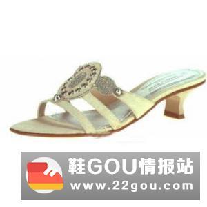 中国鞋网:选购童鞋的四大误区,你中招了吗?
